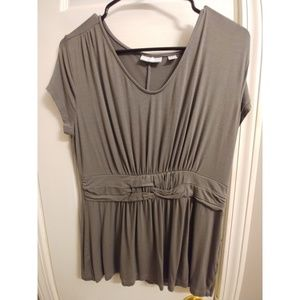 New York and Co Grey baby doll blouse